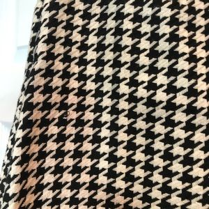 Design Lab Lord & Taylor Skirts - Houndstooth skirt